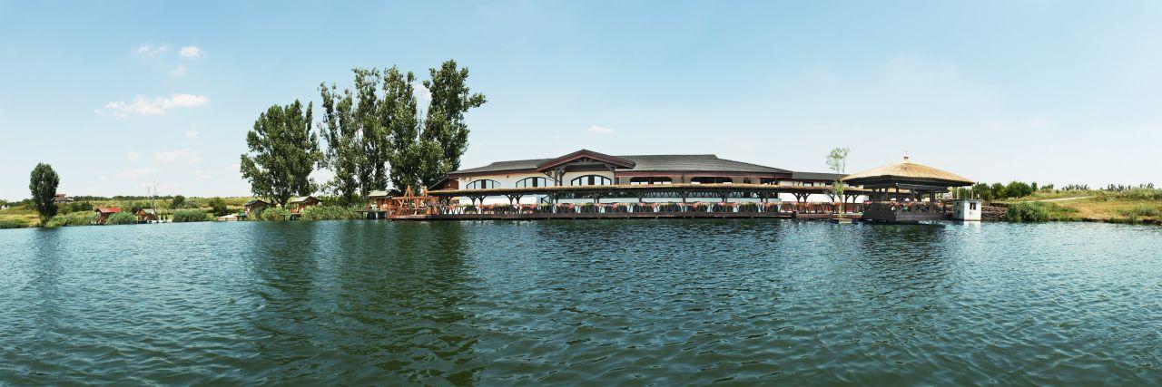 Laguna verde sau Delta la 15 kilometri de Bucuresti