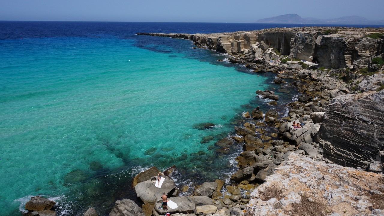 Sicilia cea albastra. Partea a II-a