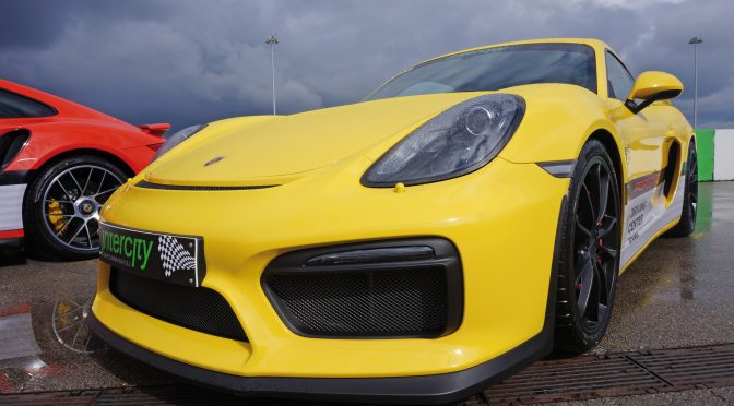 "Test drive Porsche: ""Ai incredere in mine. Accelereaza!"""