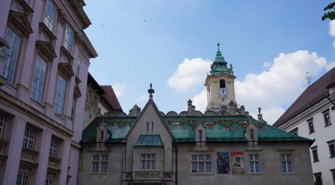 Bratislava e acel Mos Nicolae de care toti avem nevoie