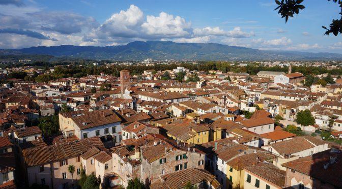 In Lucca as vrea sa locuiesc cand o sa fiu o batranica simpatica