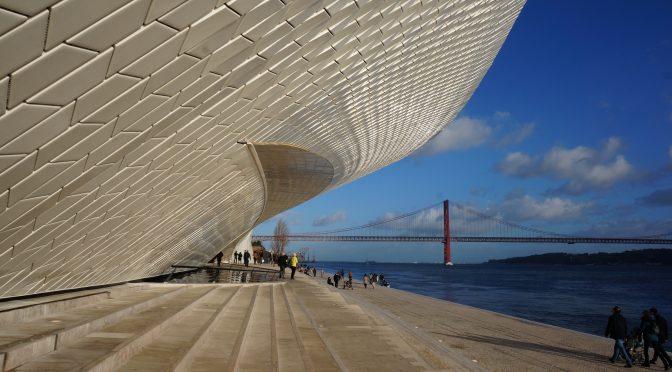 Portugalia, acolo unde iarna e ca vara (sau pe aproape). Azi, Lisabona