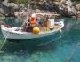 aproape-loc-insula-invita-baie-porto-vromi-face-exceptie