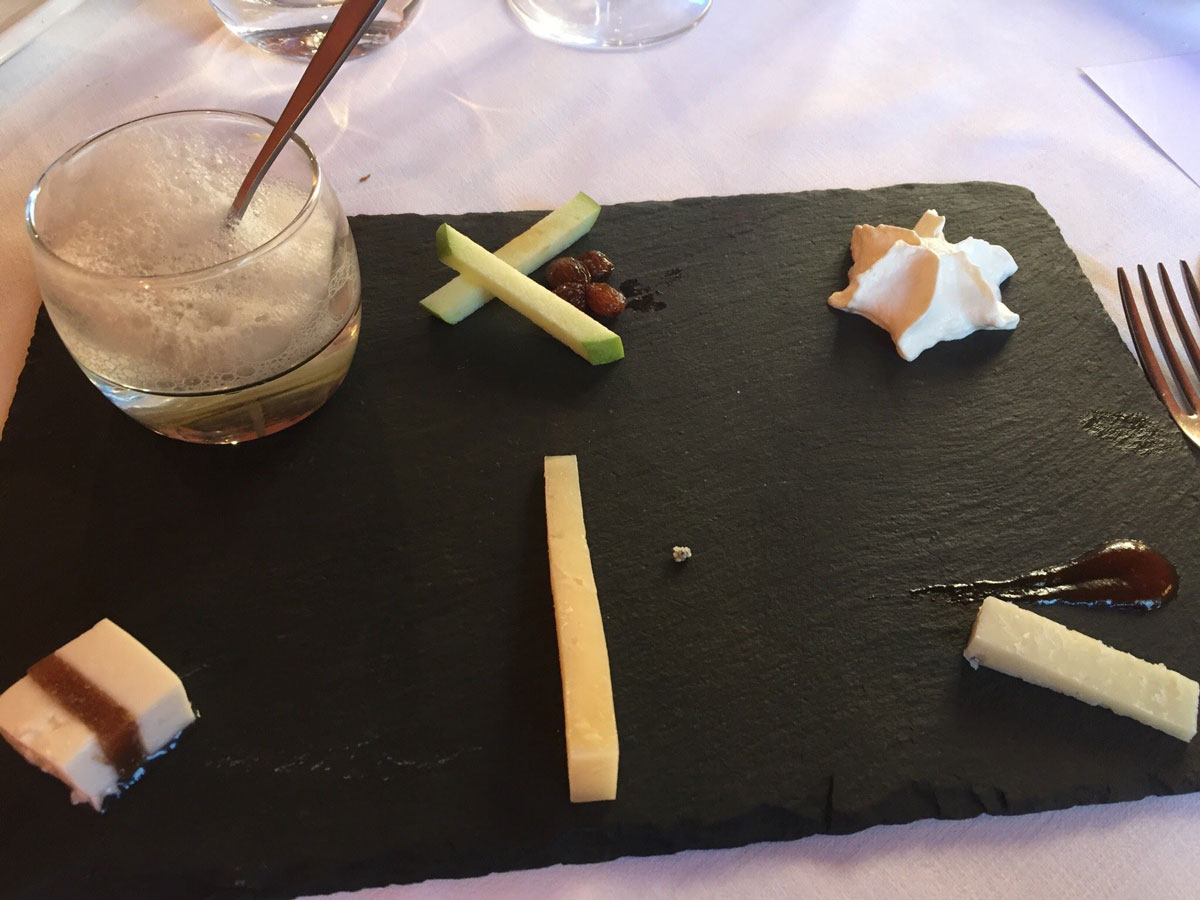 Restaurant o stea Michelin El Batan - Tramacastilla - Brânzeturi și texturi