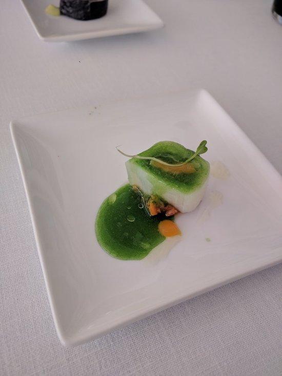 Restaurant o stea Michelin El Batan - Tramacastilla - Ceviche de biban de mare, legume din Aragon și lapte de tigru